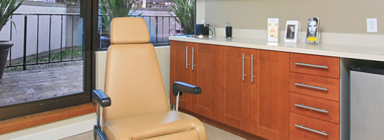 Facial Plastic Surgery Clinic Examination room in Vancouver BC
